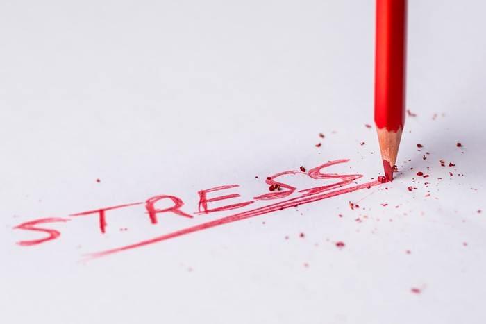 仕事が合わないと感じたらストレス溜まって鬱になるよ
